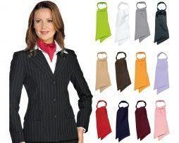 isacco-foulard-mujer-camarera-recepcionista