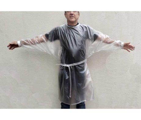 bata impermeable transparente